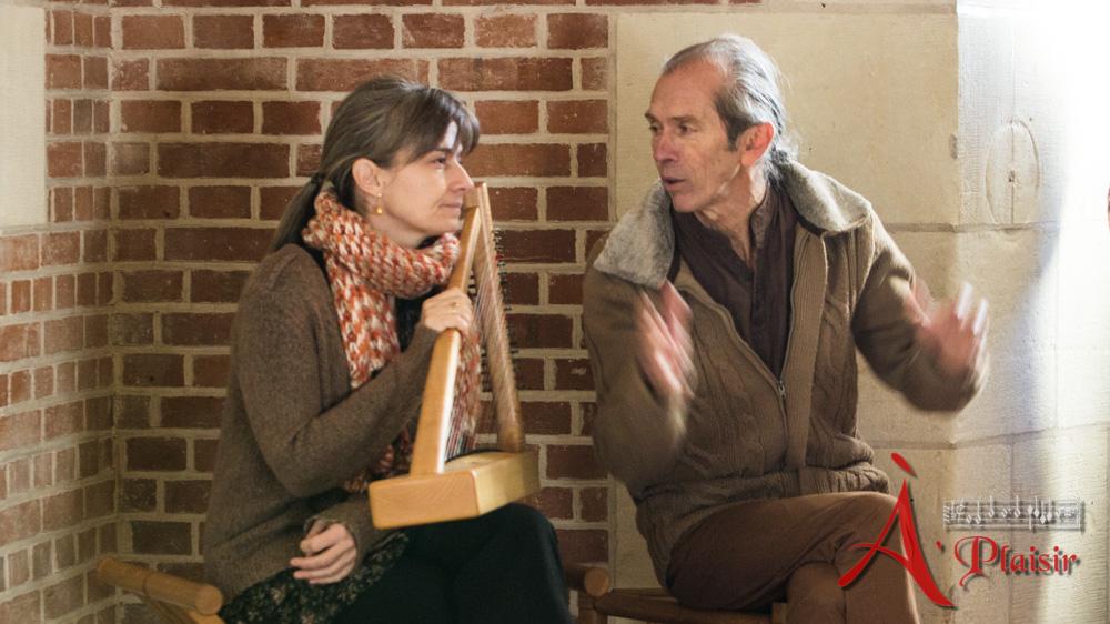 musique médiévale au chateau d'Amboise par A Plaisir. Alexia et Michel en préparation