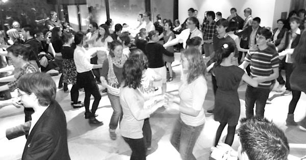 <titrephoto>photos</titrephoto> : musique avec les étudiants au carré Plantagenêt