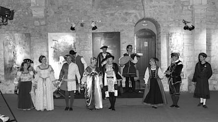 <titreaudio>photos</titreaudio> : concert dansé, lecture sur Ronsard à la collégiale Saint Pierre la Cour au Mans