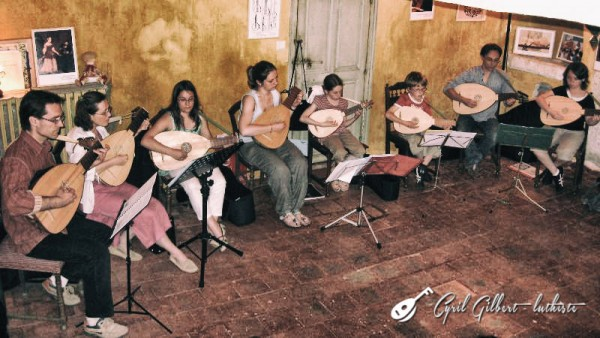 <titrephoto>photos</titrephoto> : concert de mes élèves de luth chez l'habitant