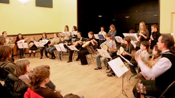 <titrephoto>photos</titrephoto> et <titrephoto>articles</titrephoto> : concert à Cerizay (Deux-Sèvres) avec mes classes de luth