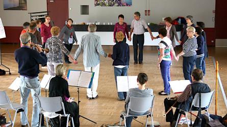 <titrephoto>photos</titrephoto> : stage d'apprentissage des danses de la Renaissance